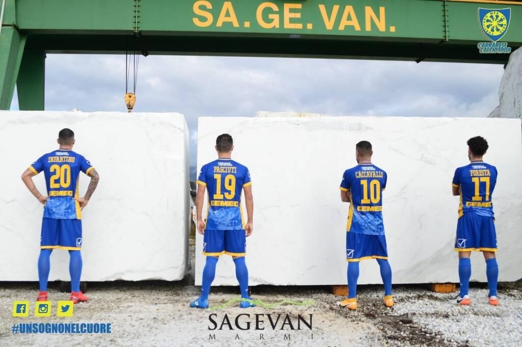 Nuova maglia Carrarese Calcio 2020/21