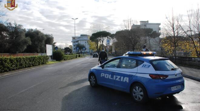 Polizia avenza, polizia stazione avenza, polizia peep avenza