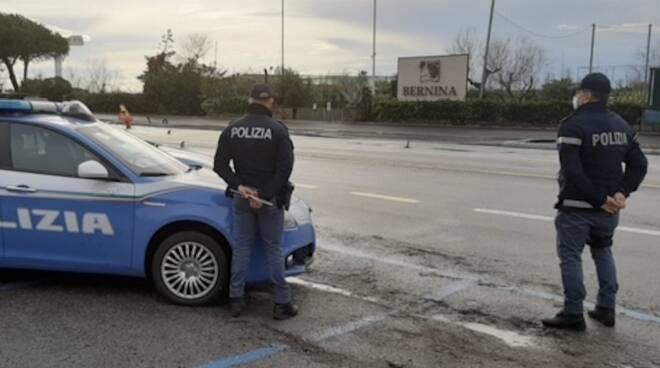 Controlli polizia, posto di blocco