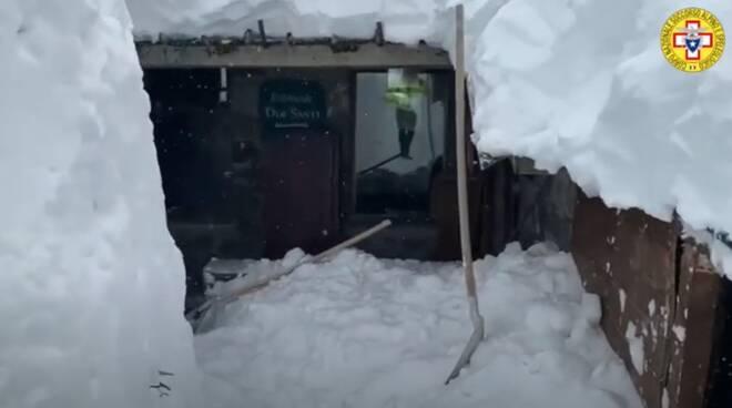 neve zum zeri nevicata zum zeri
