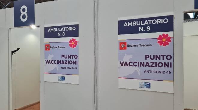 centro vaccinale carrarafiere protezione civile