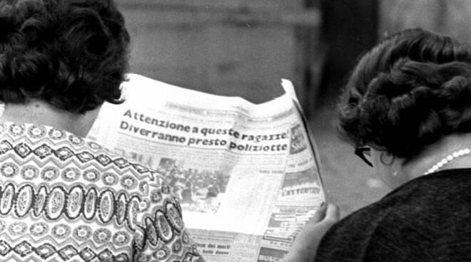 giornale anniversario polizia