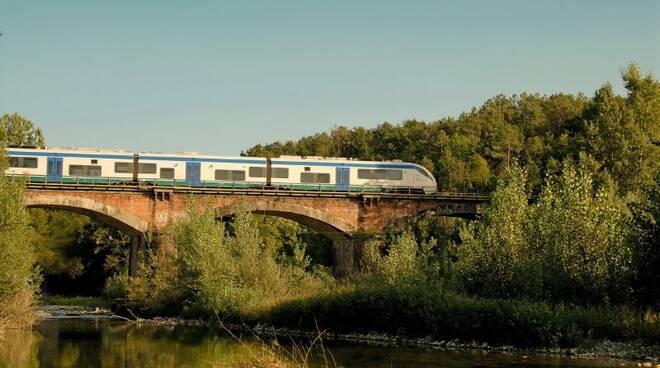 treno pontremolese