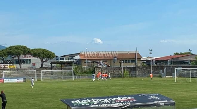 Esultanza della Massese dopo il gol di Papi contro il Tau Calcio