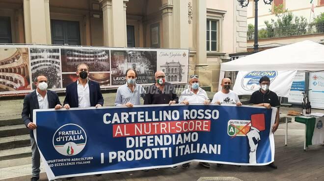 Fratelli d'Italia, gazebo contro il Nutri-Score