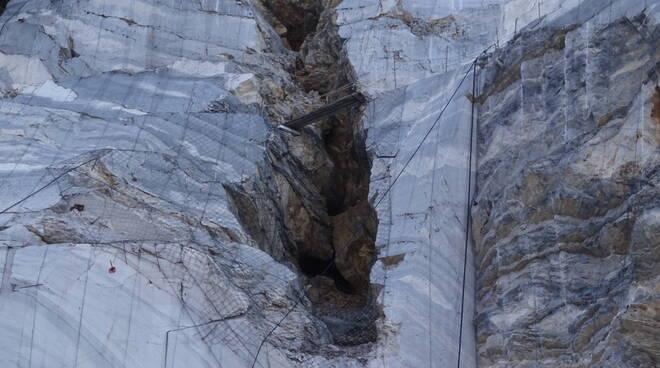 cave cavità carsica