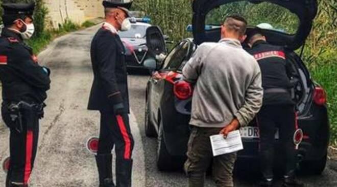 carabinieri strada controlli